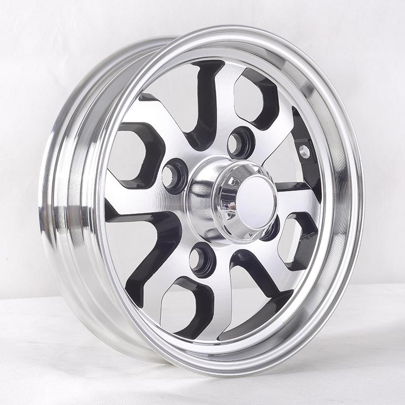 CY-104 rear wheel